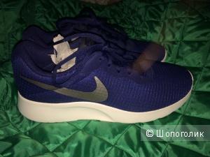 Кроссовки синие Nike Tanjum se 38