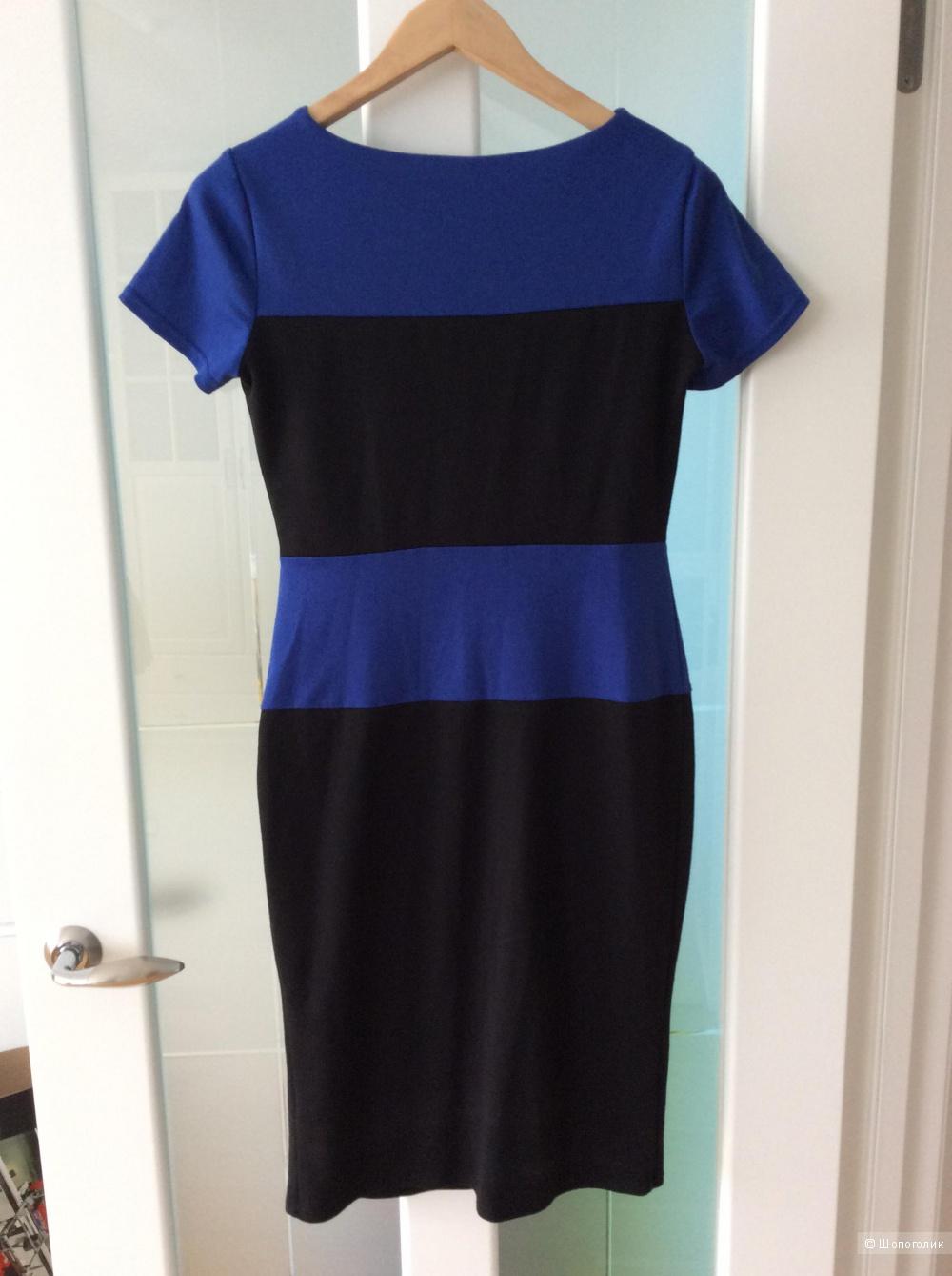 Трикотажное платье Casino колор-блок р.48 (маломерит на 46)