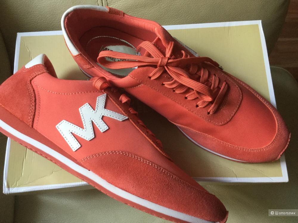 Новые кроссовки Michael Kors. 9М. 39 размер