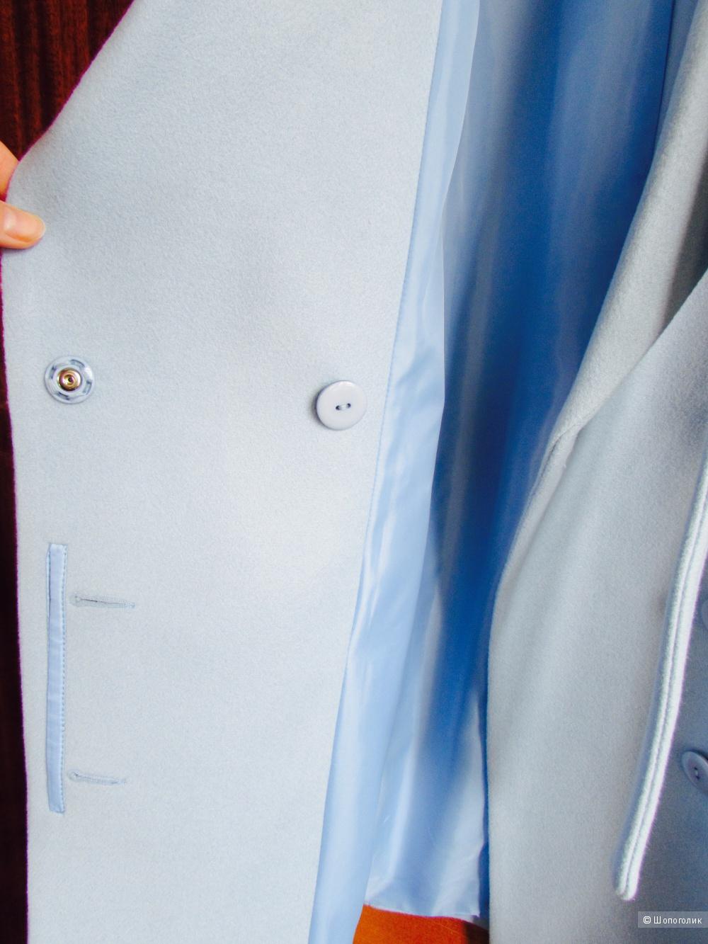 Пальто небесно-голубое, размер s-m