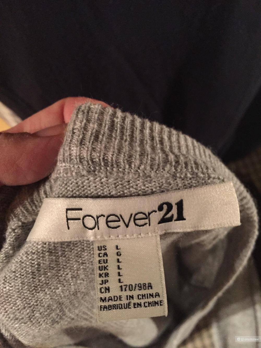 Свитер  Forever21 указан размер L