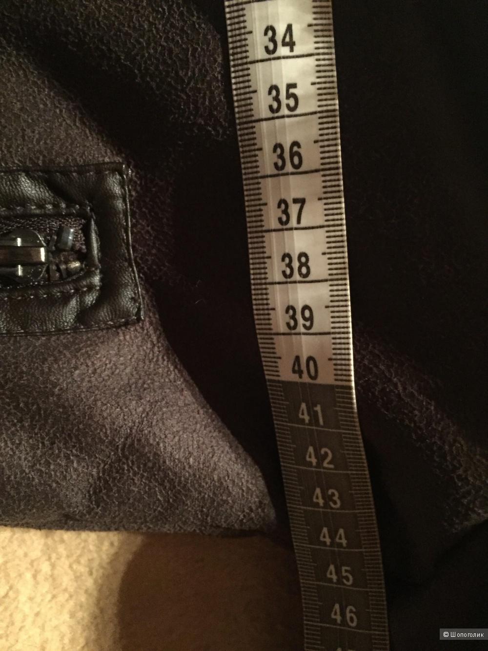 Дубленка искусственная французской марки Camaieu размер указан наш 42.