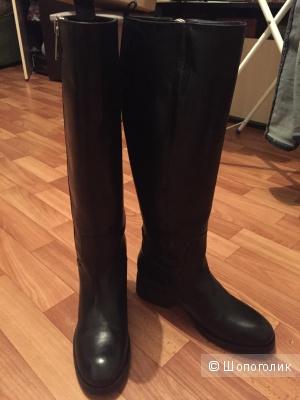 Демисезонные кожаные сапоги Zara, 37 размер