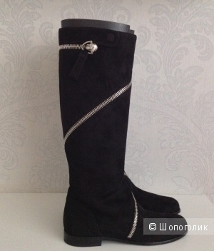 Alexander McQueen Skull Wrap Around Boots (размер 40)