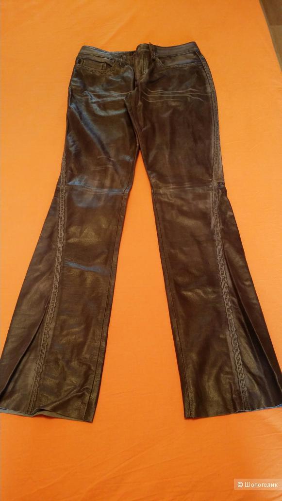 Брюки кожаные John Richmond размер 42IT (наш 42-44) новые