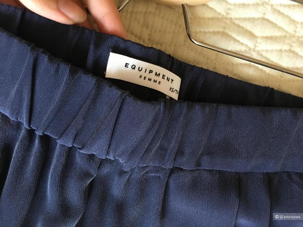 Шелковые брюки Equipment в размере XS