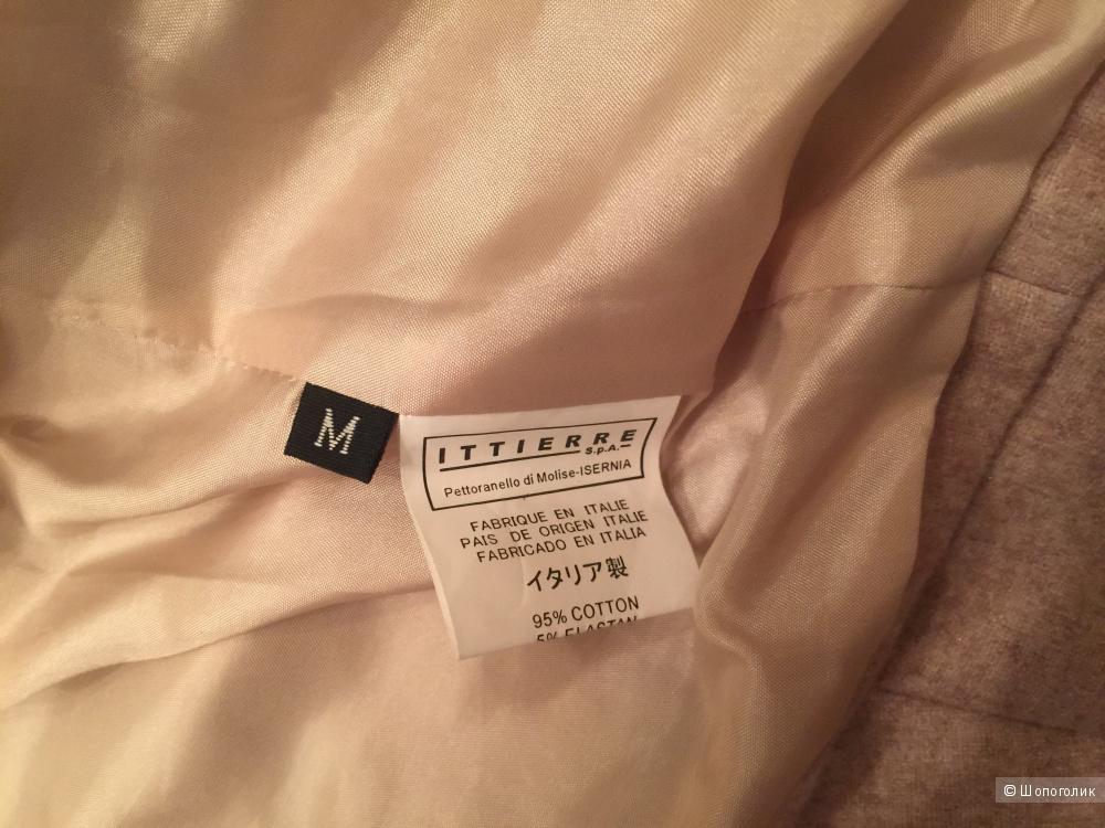 Valentino, брючный костюм, размер 44.