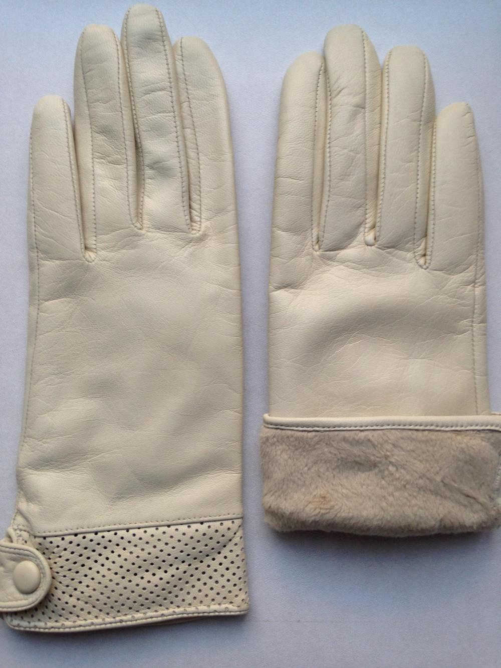 Перчатки из натуральной кожи, Венгрия.
