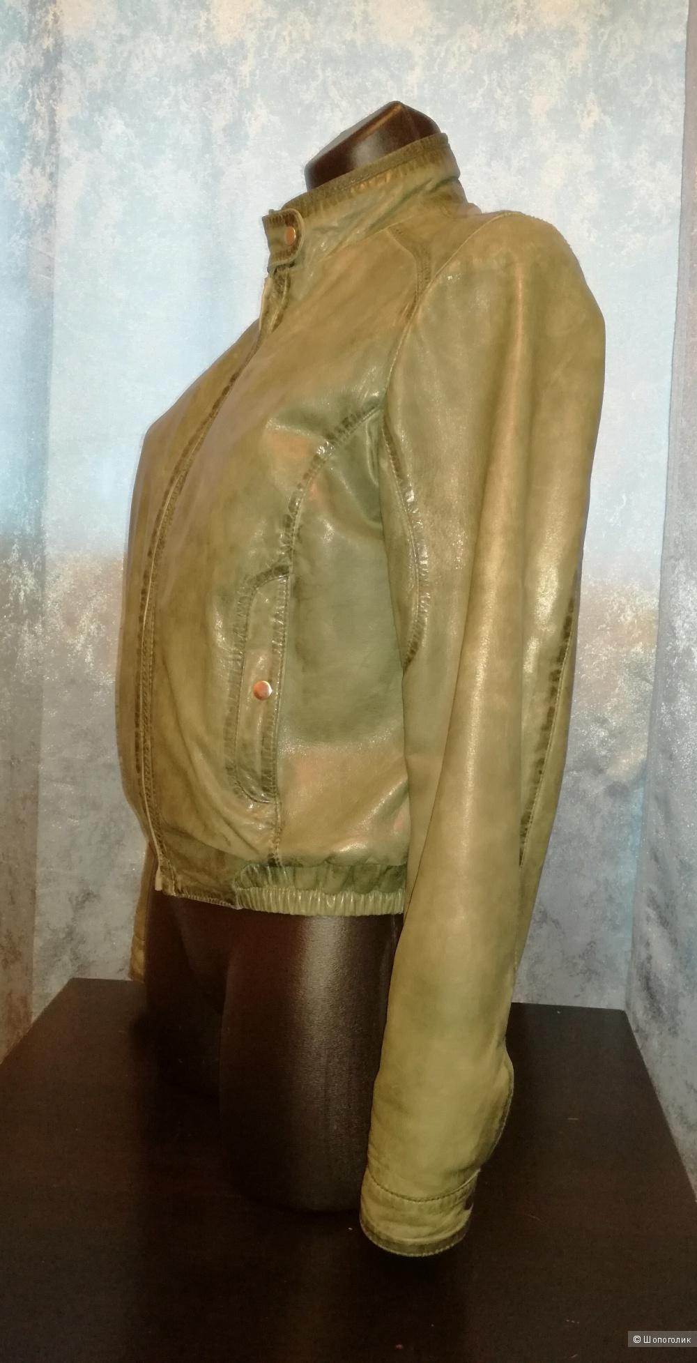 Vito Ponti кожаная куртка 42-44 размер
