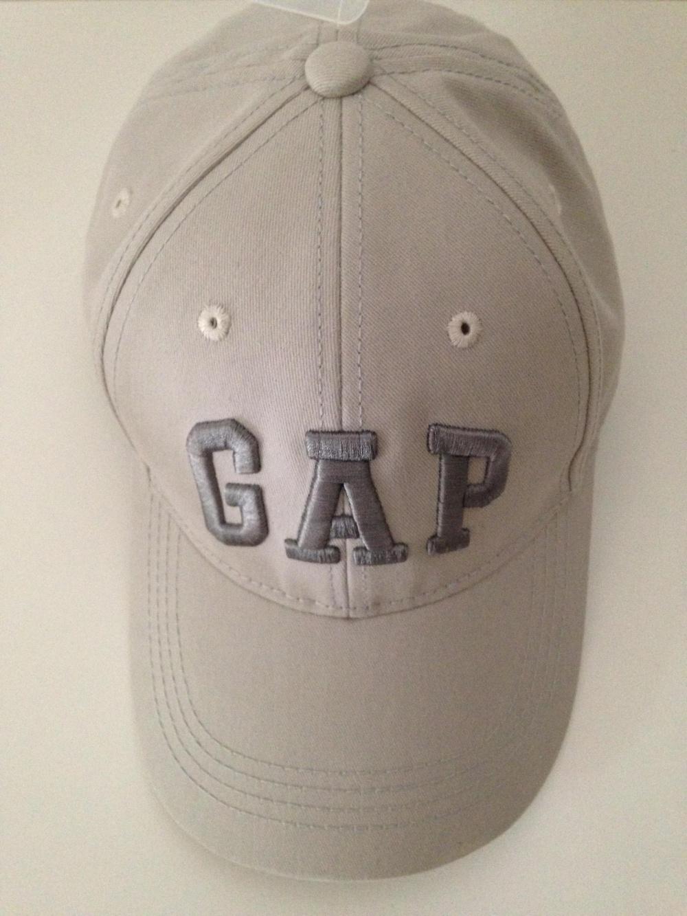 "Кепка "" GAP "", размер 57-60, унисекс."