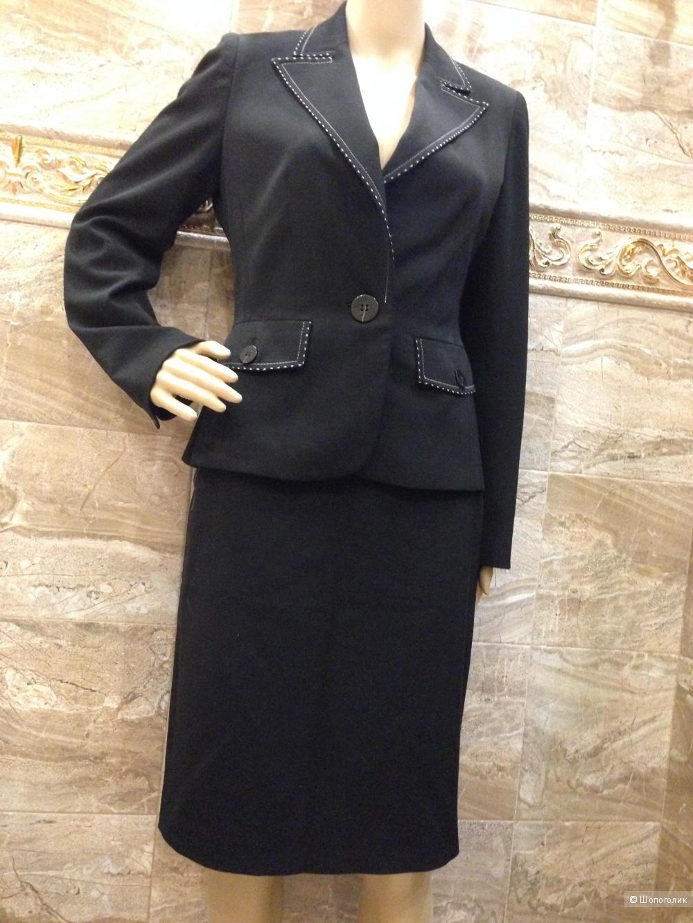 BONDOLERA деловой строгий костюм р.44