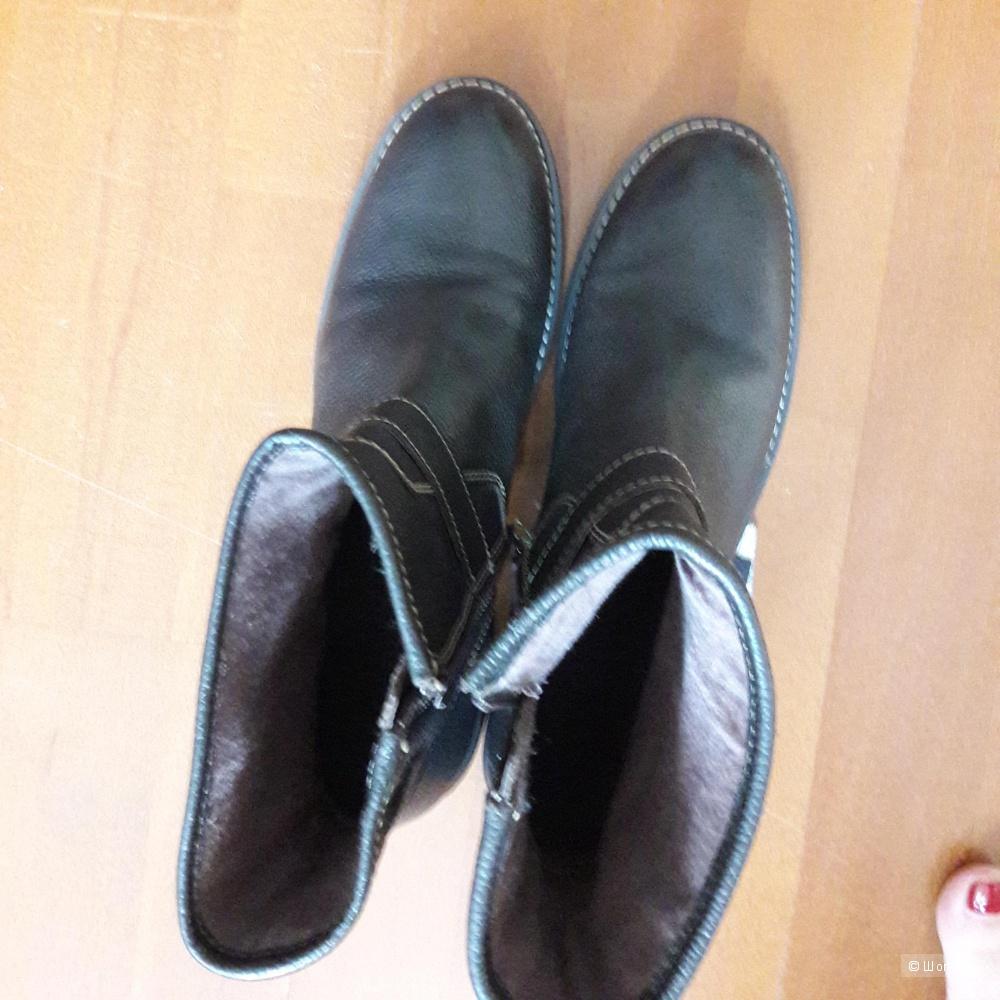 Новые кожаные ботинки 40 размера