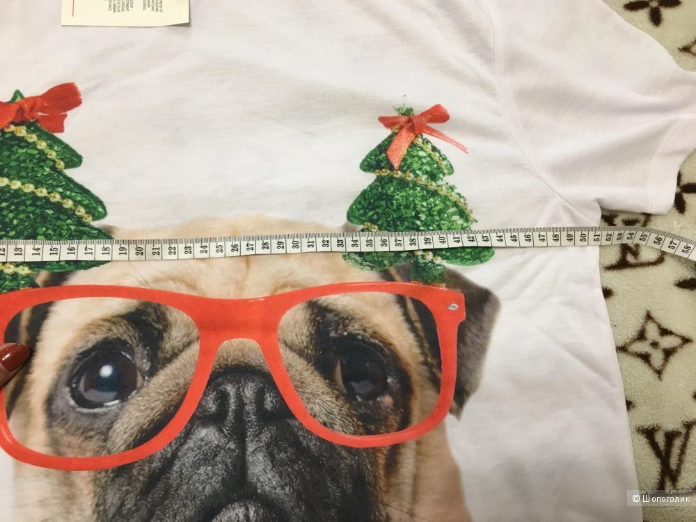 Длинная футболка Christmas с принтом мопса. Размер S, на рос. 46-48.