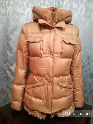 Pinko куртка пуховая 42-44 размер