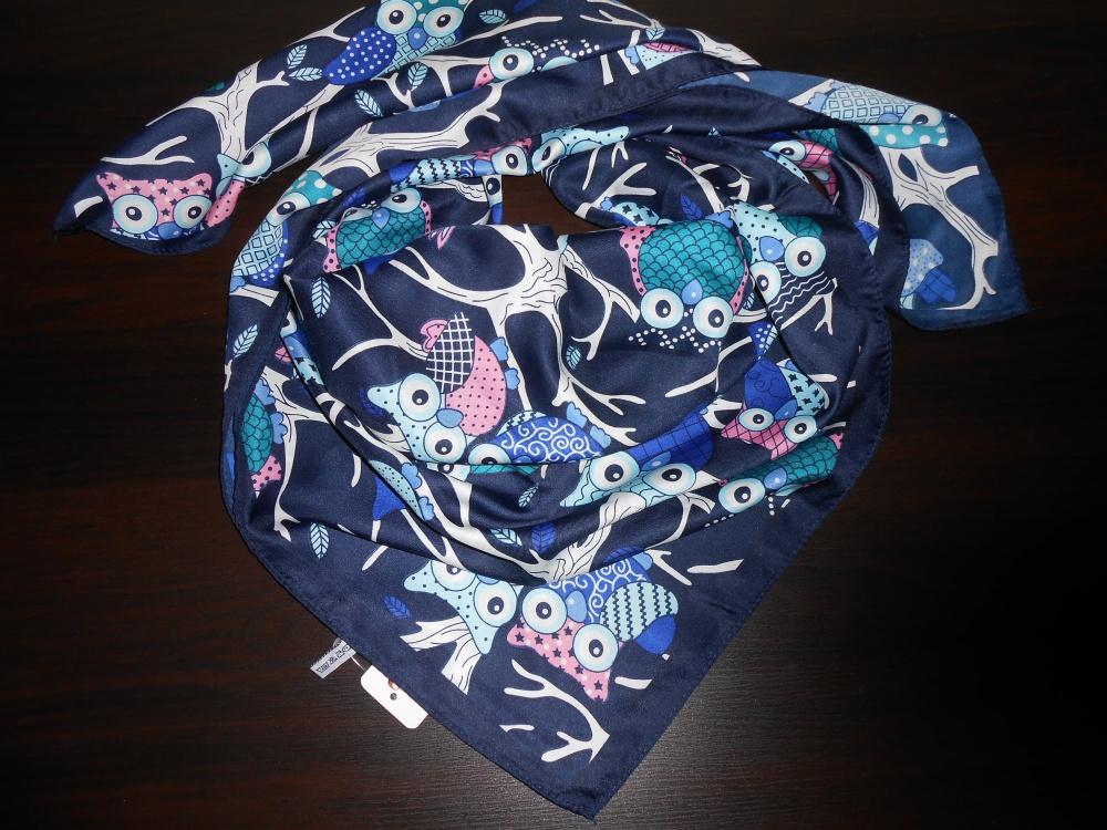Новый шелковый платок Victoria.