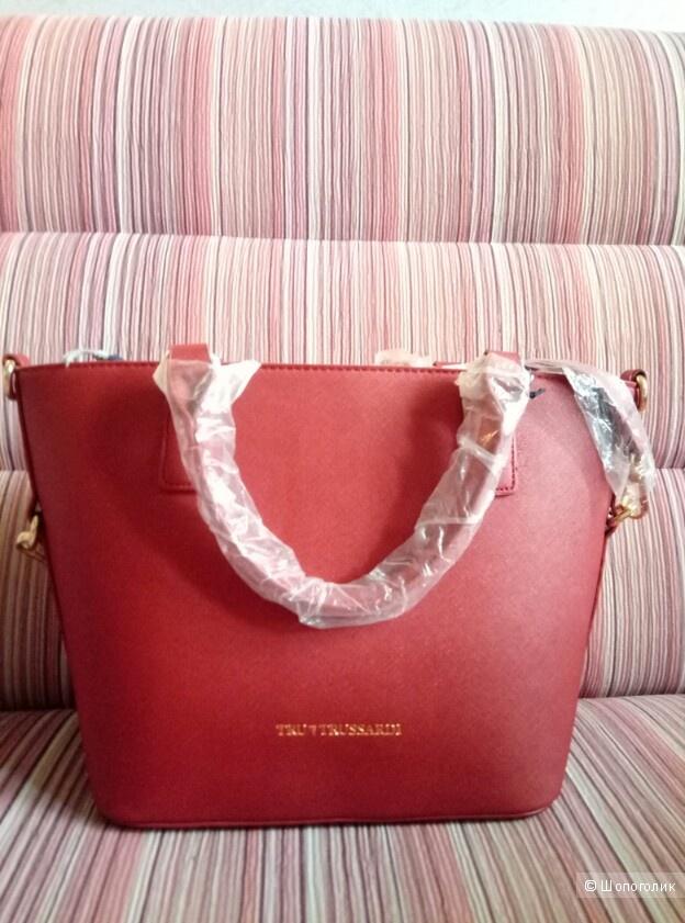 Новая кожаная сумка Try Trussardi