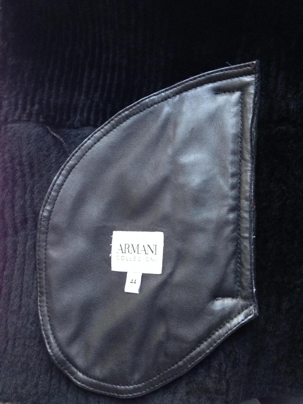 "Дубленка "" ARMANI Сollezioni "", 44 размер, Италия."