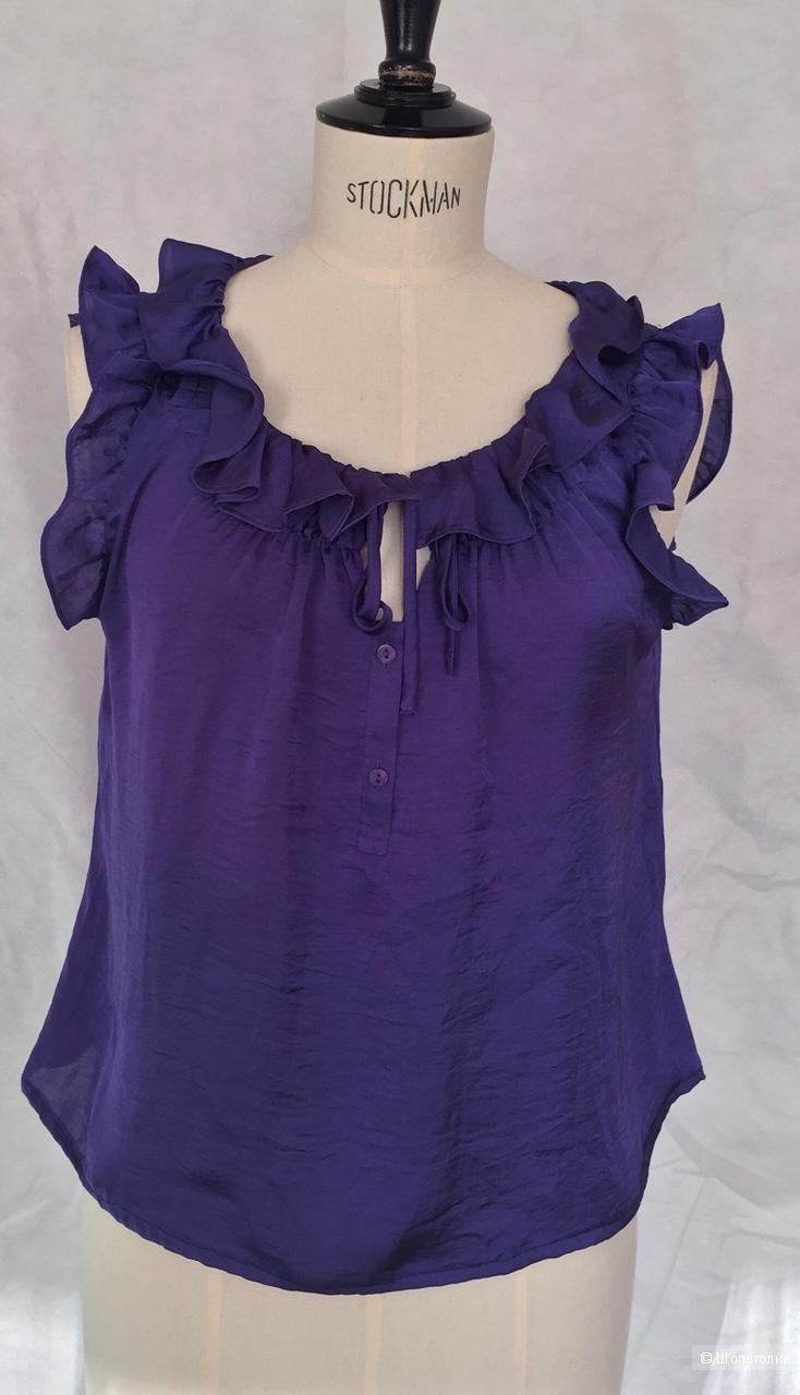 Блузка с рюшами красивого фиолетового цвета марки Dressbarn размер L