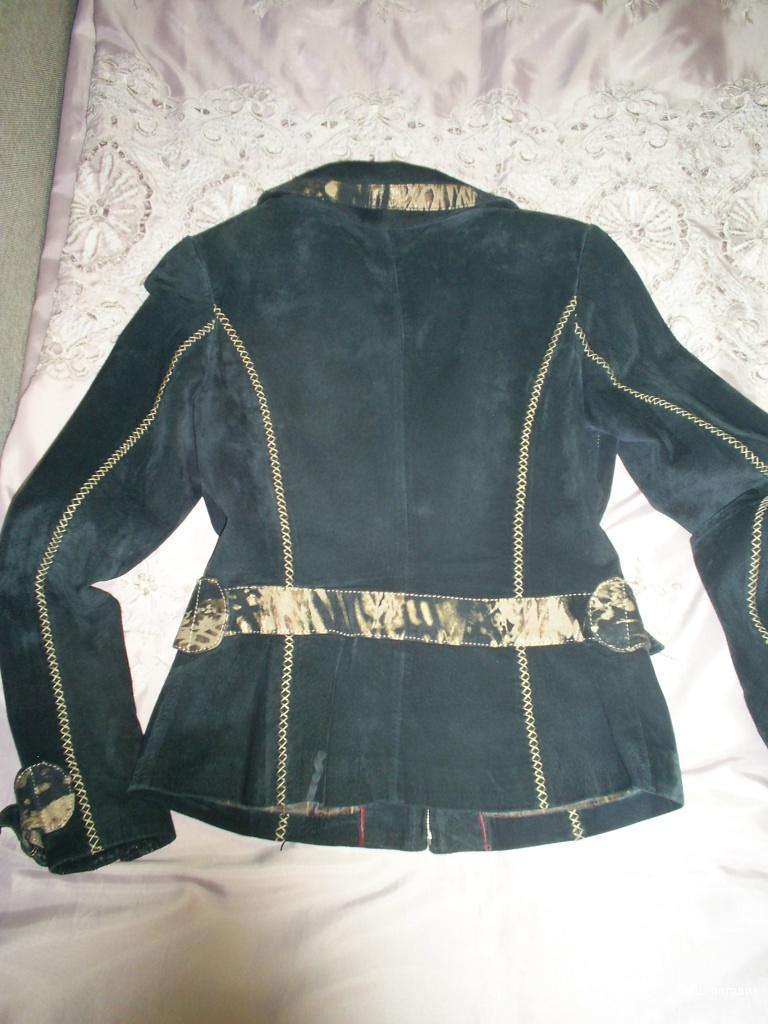 Замшевая куртка р 42-44.