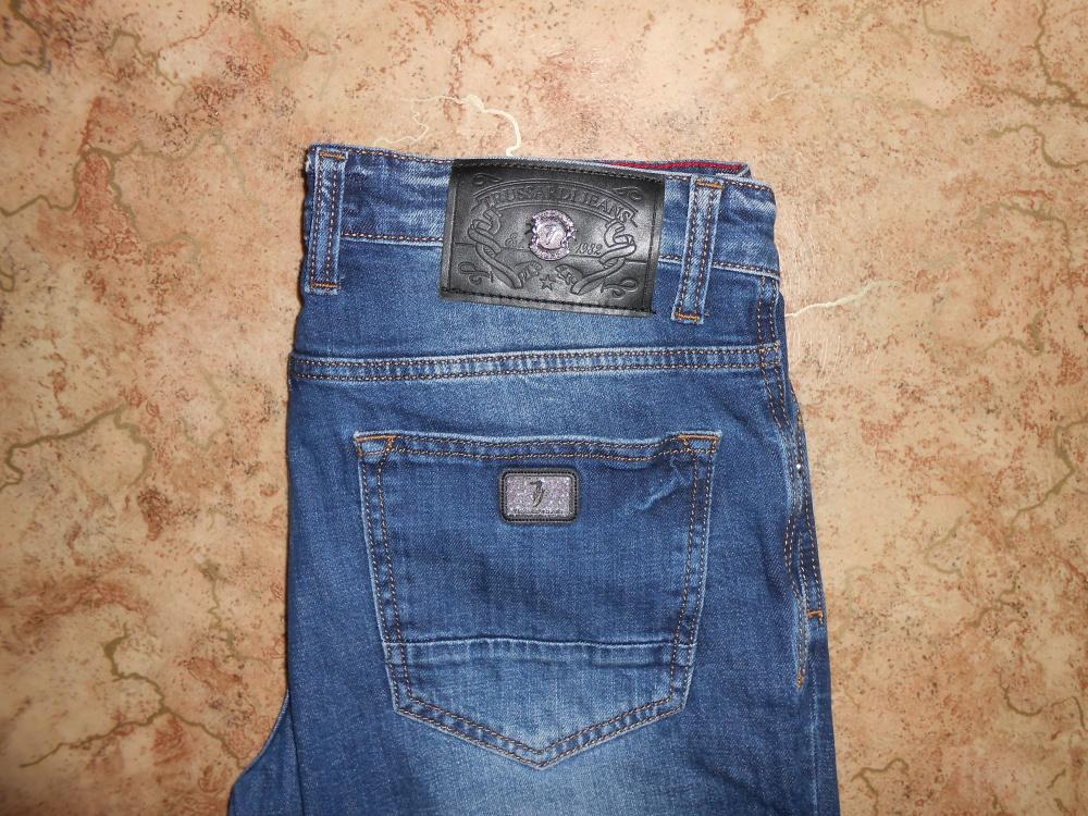 Брендовые джинсы TRUSSARDI  W 31  L 34.