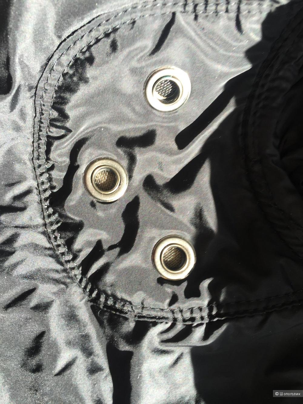 Пуховик (бомбер) miu miu, размер 42-44