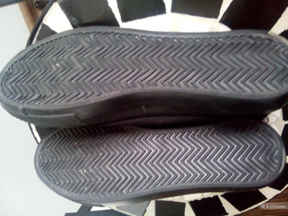 Кеды-слипоны черные NEW LOOK в размере 7/40 Великобритания