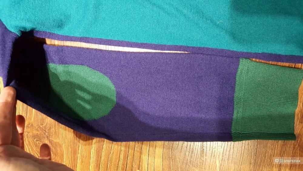 Burberry красивый свитер из кашемира. Новый.Оригинал.р.44-S