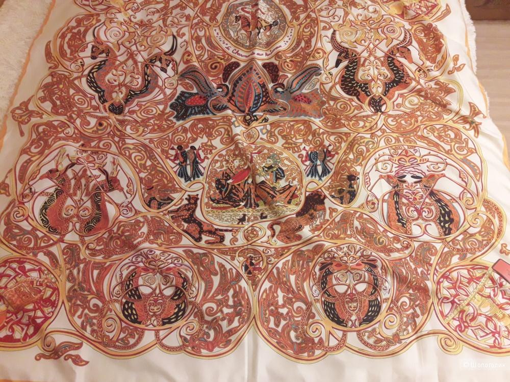 Платок размер 130×130, реплика