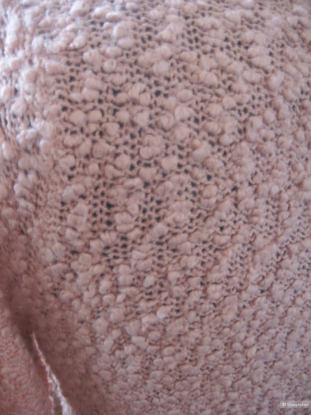 Джемпер из нежно-розового букле. Reserved. Размер L