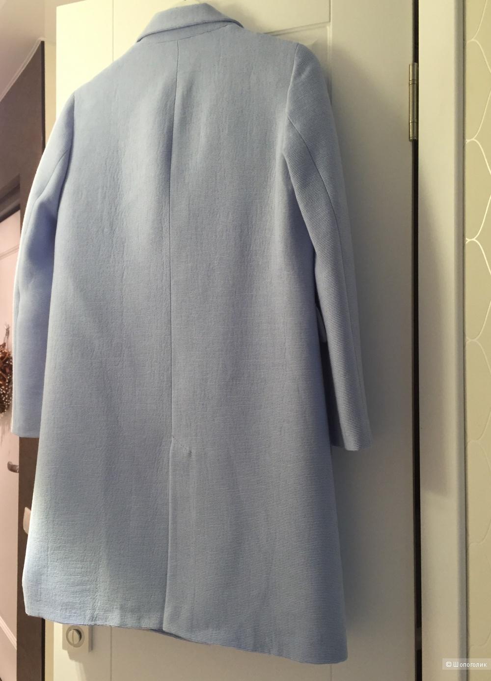 Двубортное легкое пальто zara в размере S
