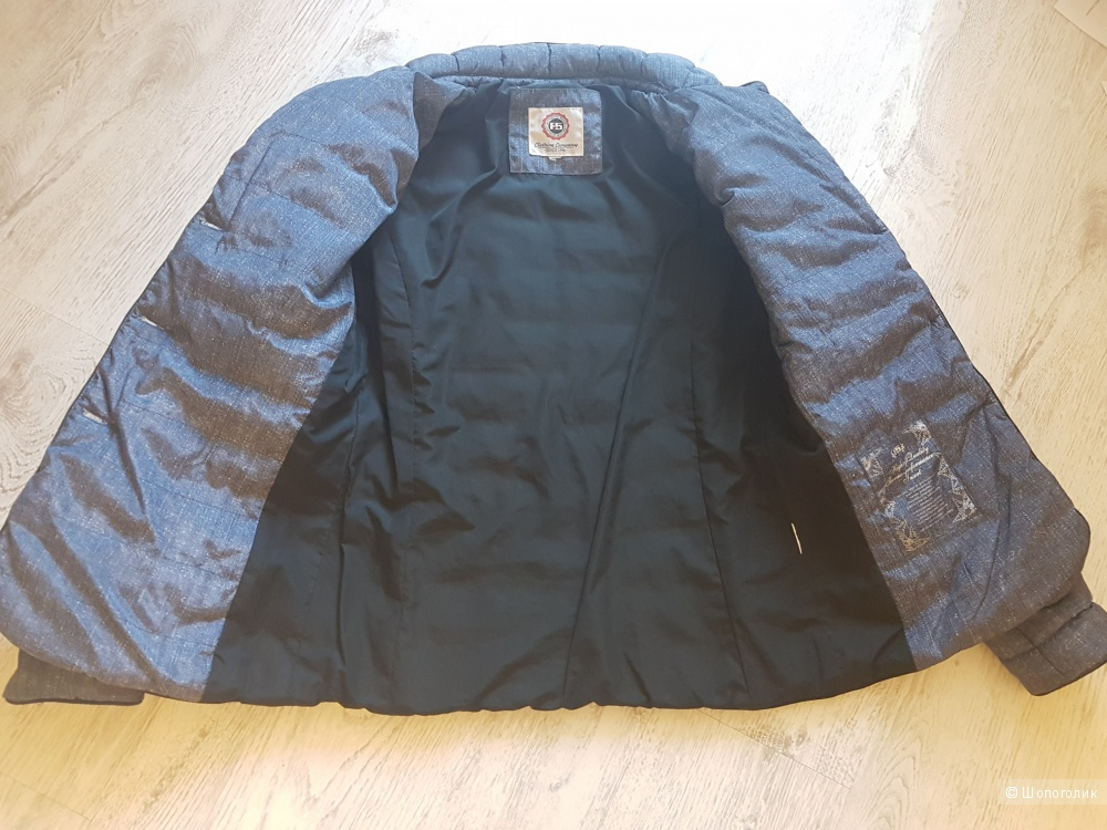 Куртка  бренда F5. Размер 42-44