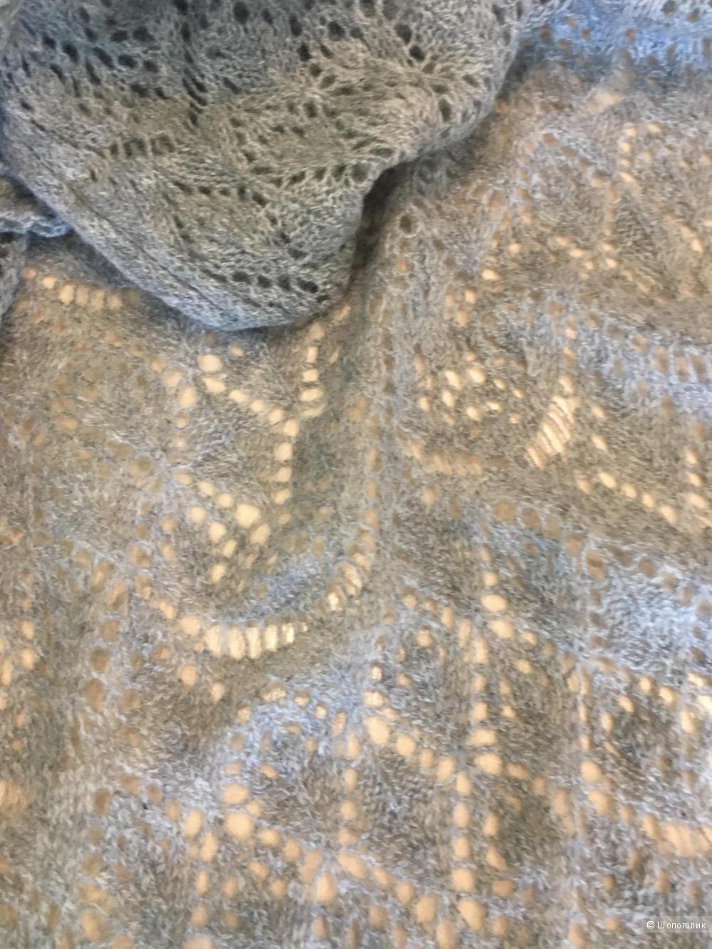 Новый шарф-палантин из шерсти и кашемира.