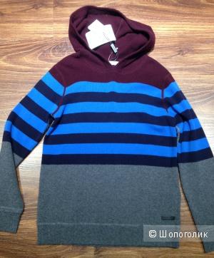 Burberry красивый свитер из шерсти и кашемира. Новый.Оригинал.р.44-S