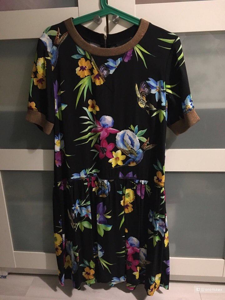 Платье Atos Lombardini 40IT