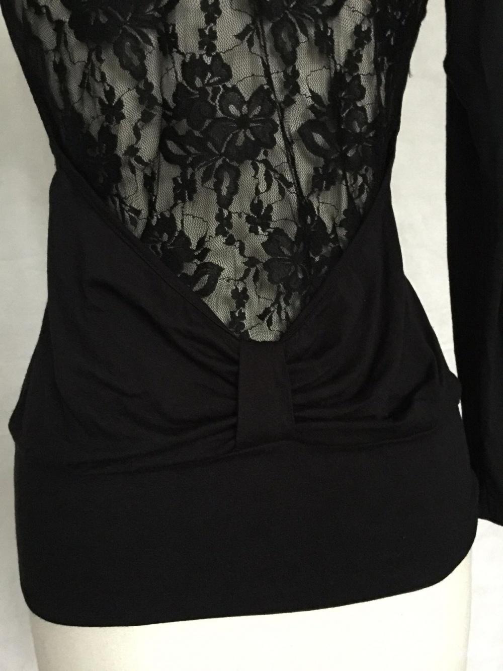 Блуза с кружевом итальянской марки BENETTON размер 42-44