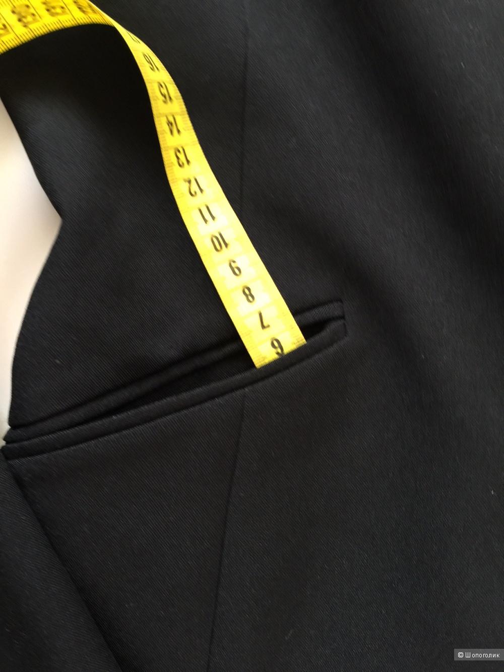Стильный женский жакет марка BENETTON размер 42-44