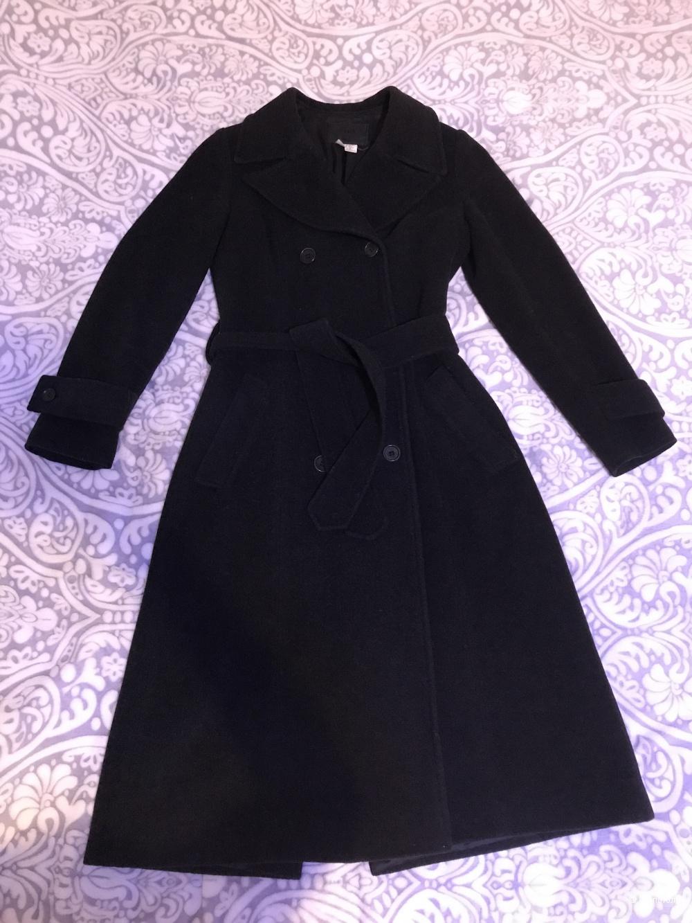 Шерстяное пальто-халат Zara