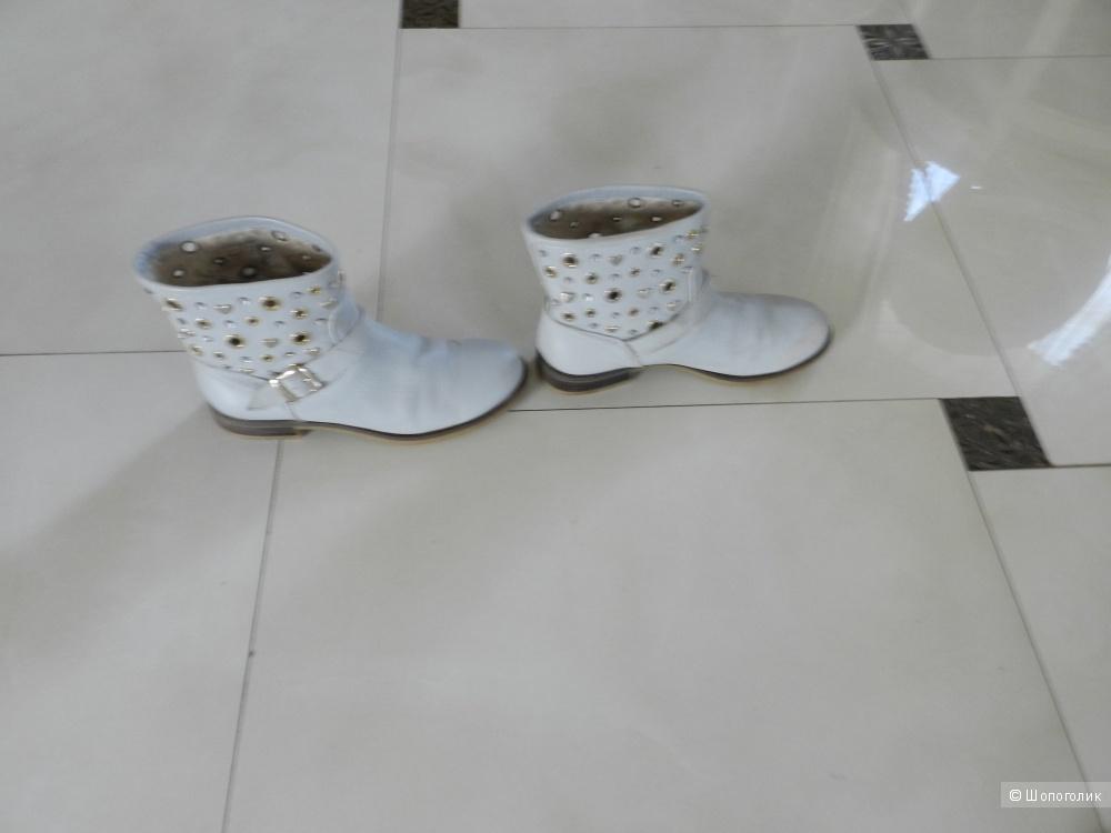 Ботинки  TWIN-SET SIMONA BARBIERI 39 размер