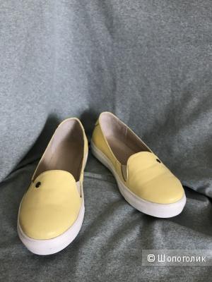Лофтеры мокасины лимонного цвета 38 размер