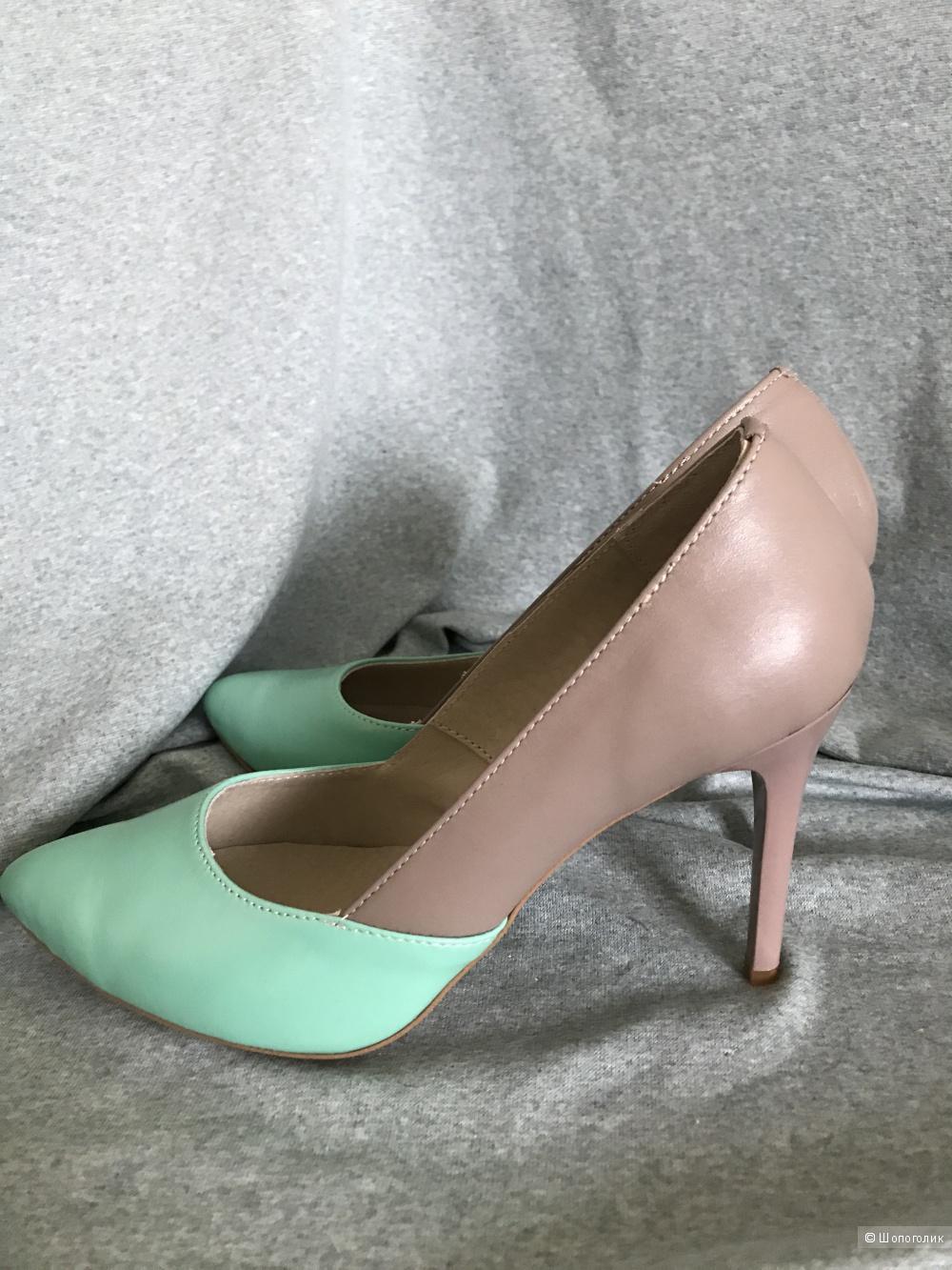 Туфли, кожа, 37 размер, бежевые с мятой.