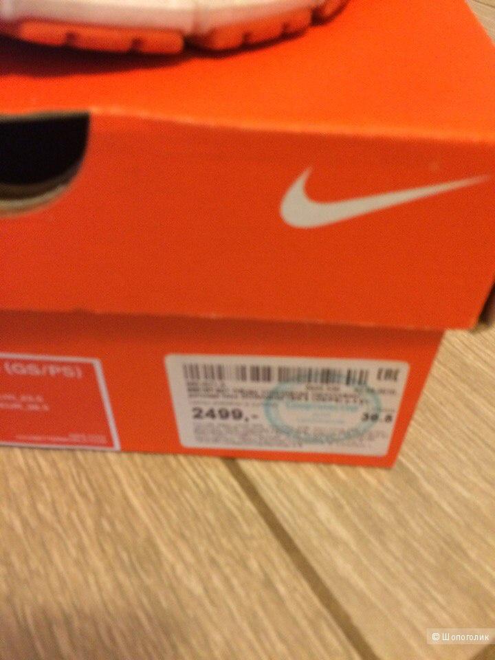 Кроссовки Nike 36