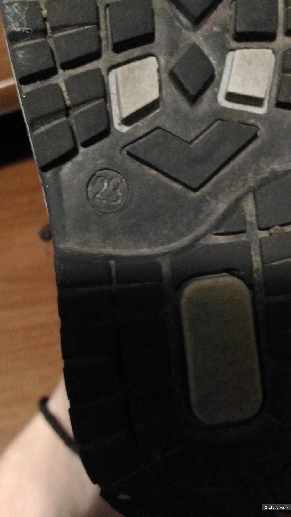 Утепленные полуботинки, размер 23, фирма Чипполино