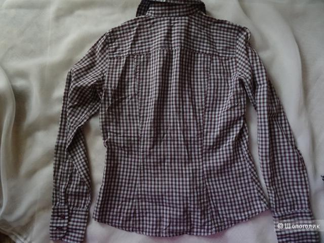 """Две рубашки в клетку """"виши"""", размер 42-44, б/у"""