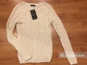 Новый женский свитер размер с 42-44
