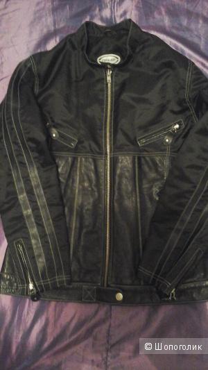 Куртка из натуральной кожи, комбинированной тканью с пропиткой ZINO&JUDY, на 44-48 размер.