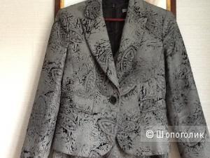 Костюм ( пиджак и платье)  Турция 44 размер