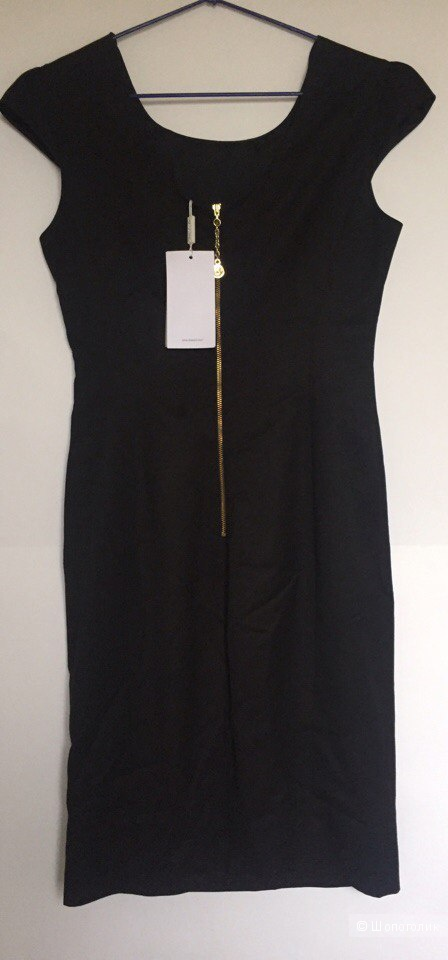 Новое платье классическое  Bessini размер 38