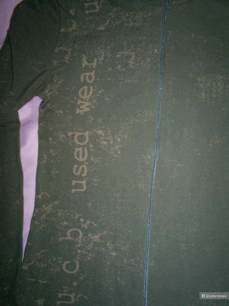 Водолазка на молнии от Benetton р 42-44.