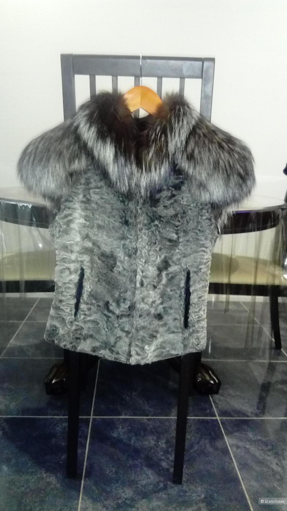 Меховая жилетка, размер s-m