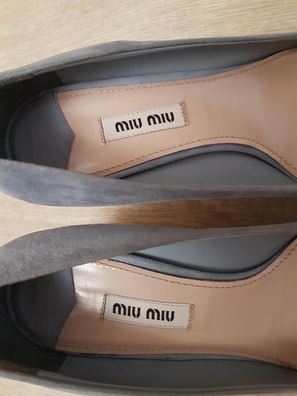Замшевые лодочки Miu Miu, размер 38.5